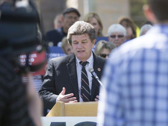 Democrats chose Sen. David Bradley, D-Tucson, to serve as minority leader.