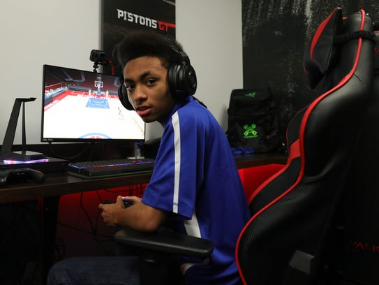 The Pistons NBA 2K team  member Rochell Woods, 18,