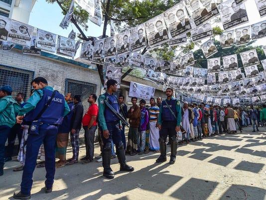 TOPSHOT-BANGLADESH-VOTE