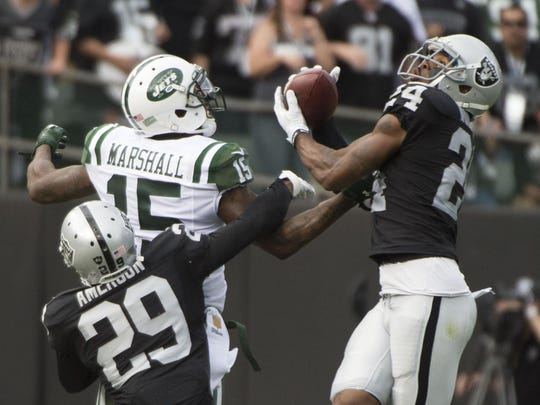 At 39, Raiders safety Charles Woodson should not be tied for the NFL lead in interceptions. But he is. This one, Nov. 1 against the Jets, was his fifth.
