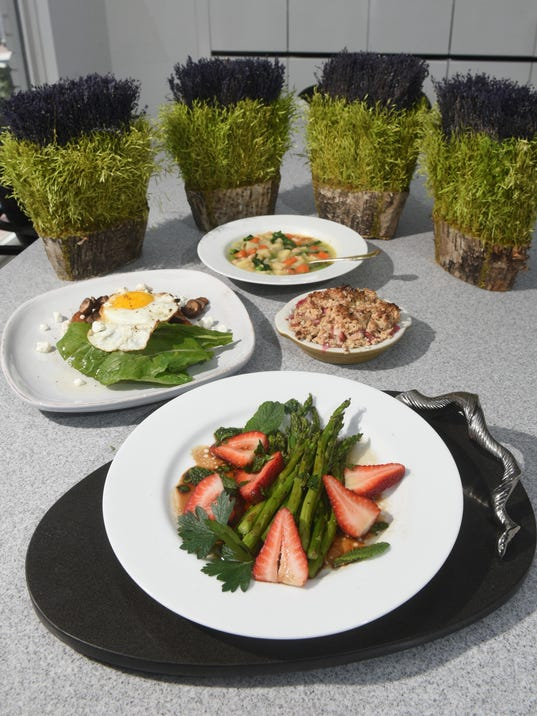 2017-0412-mo-Food311