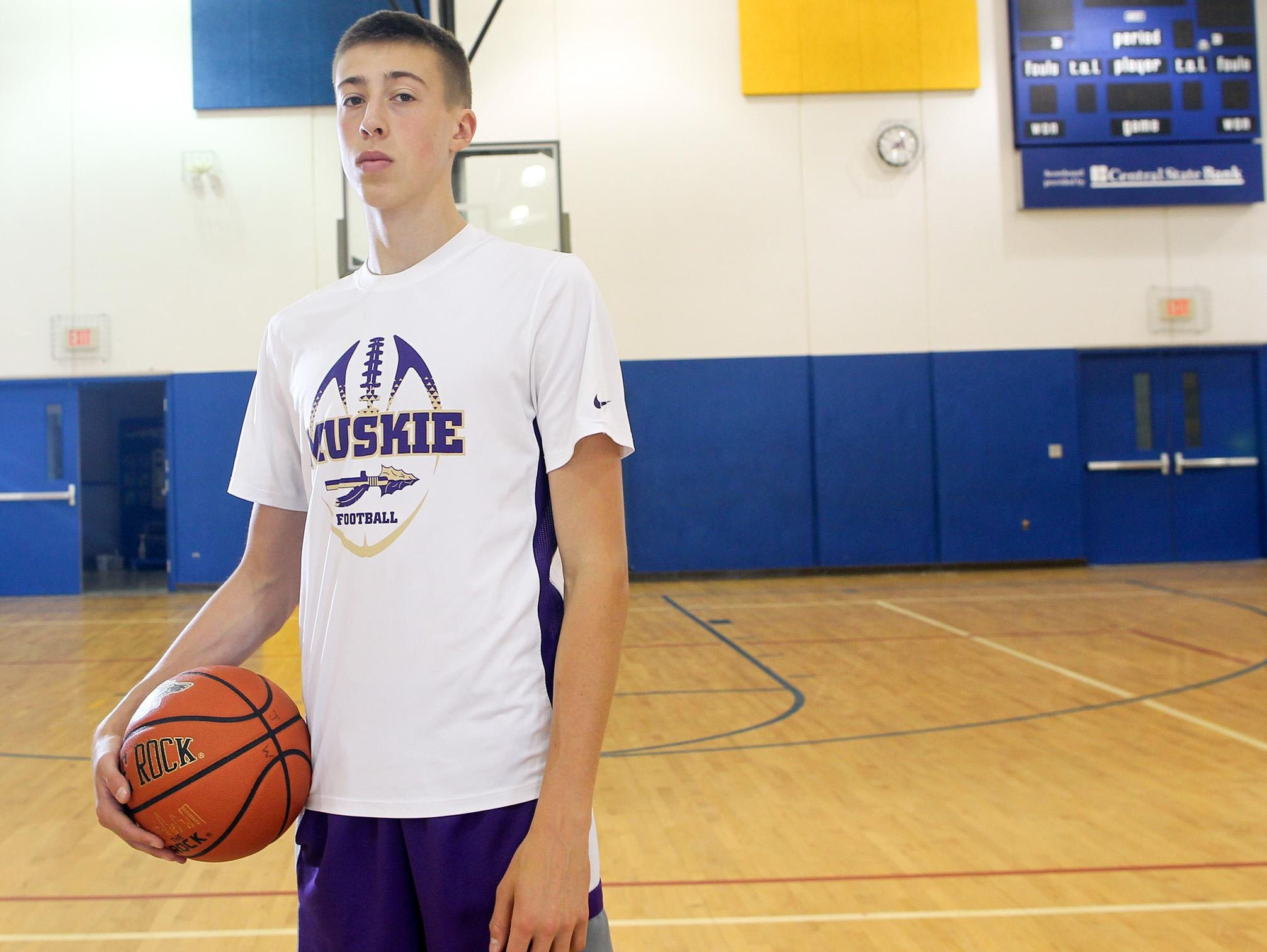 Muscatine's Joe Wieskamp verbally committed to play basketball at Iowa last month as a high school freshman.
