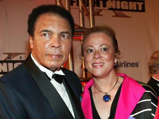 Muhammad and Lonnie Ali