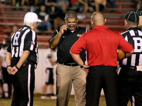 Electra head coach Brian Ramsey and Alvord head coach