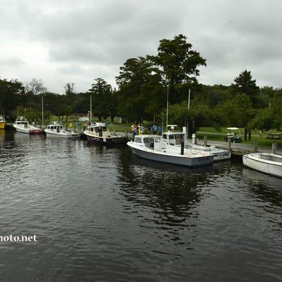 _286e cypress BoatDocking
