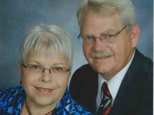 Anniversaries: Bob Vanderlinde & Barb Vanderlinde