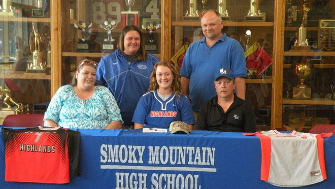 Smoky Mountain senior Micayla McCoy has signed to play college softball for Georgia Highlands.