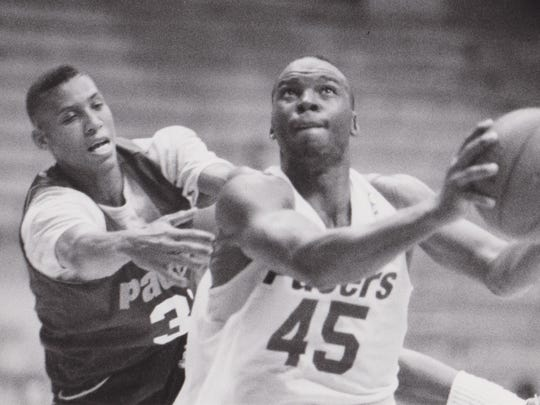 Reggie Miller (left) and Chuck Person during a scrimmage on Oct. 9.