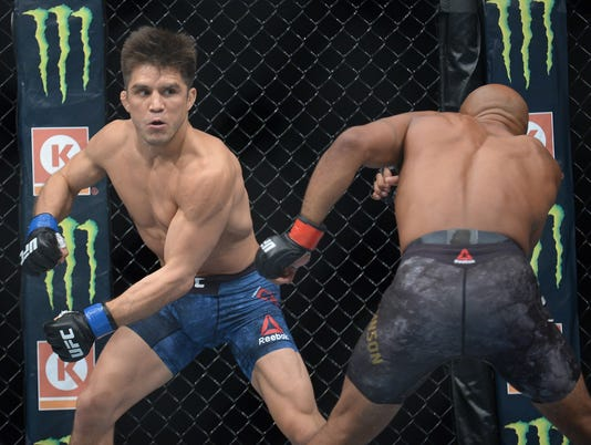 MMA: UFC 227-Johnson vs Cejudo