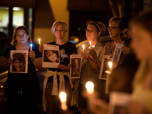 Candlelight Vigil for Parkland Shooting Victims 9