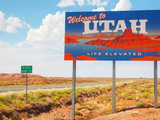 Utah welcome sign.