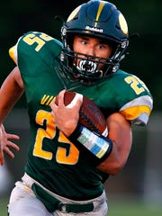 Parkview High School running back Blake Delacruz (25)