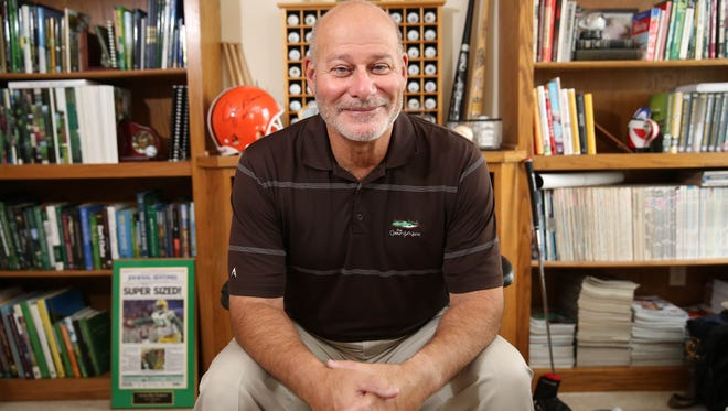 Gary D'Amato is leaving the Journal Sentinel after 28 years as a sportswriter, including the last three as sports columnist.