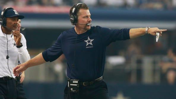 Dallas Cowboys linebacker coach Matt Eberflus on the