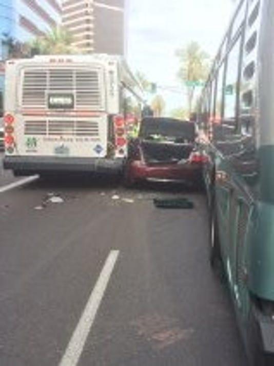 635693922021258007-car-wreck-1