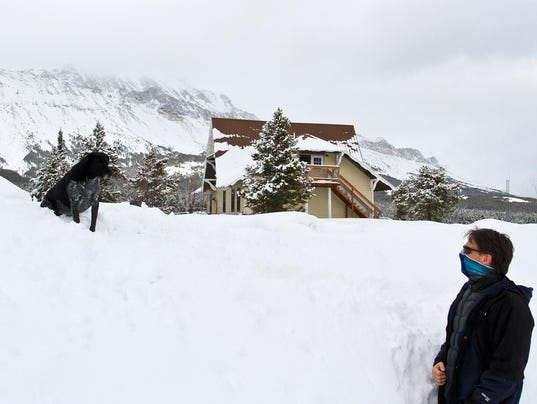 Snow Main
