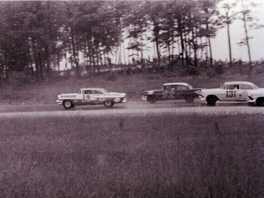 Jim Reed (7) (Chevrolet), Billy Myers (14) (Mercury),