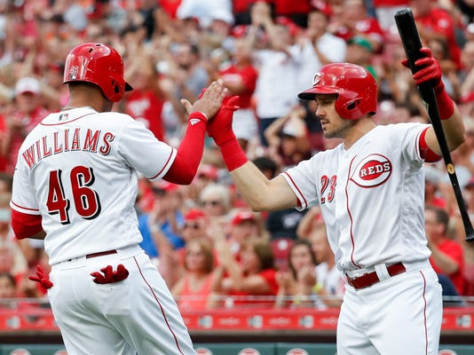 Phillies_Reds_Baseball_62480.jpg