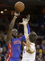 Reggie Jackson scored a team-high 23 points on 9-for-17 shooting, as the Pistons snapped a five-game losing streak with a 96-88 win over the East-leading Cavs.