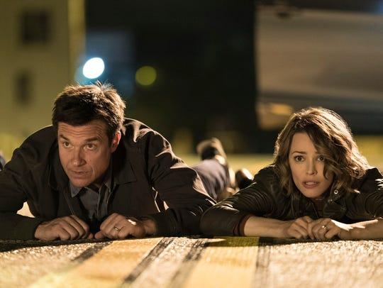 Jason Bateman and Rachel McAdams star as a competitive