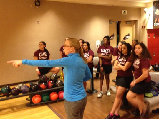 UMES bowling head coach Kayla Bandy coaches her team