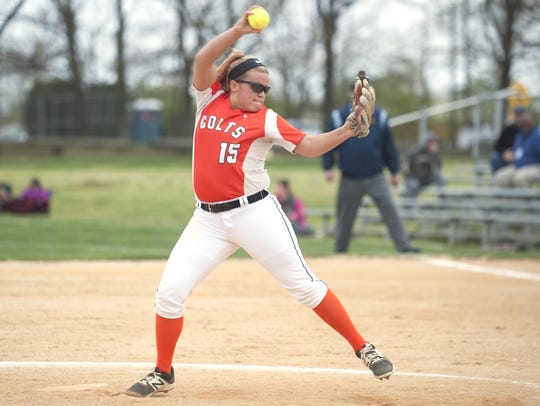 Cumberland's Jackie Lesher delivers a pitch during
