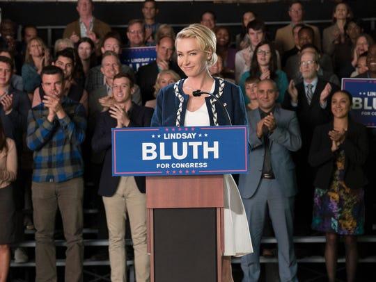 Lindsay (Portia de Rossi) runs a Trumpian campaign
