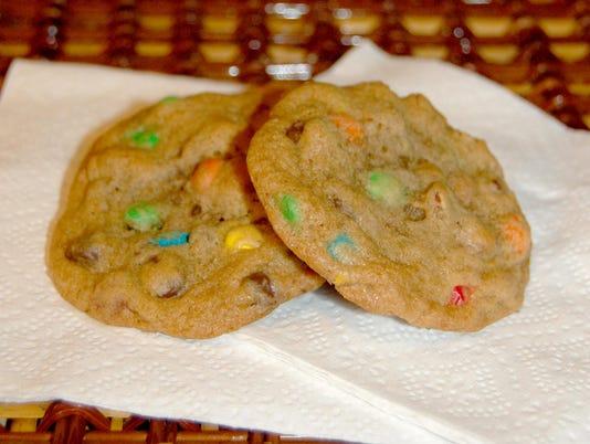 636380470773034967-Picnic-Cookies-Rulseh.jpg