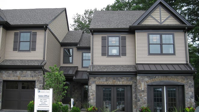 Mariner's Point is a new collection of townhomes on the shores of Lake Hopatcong.