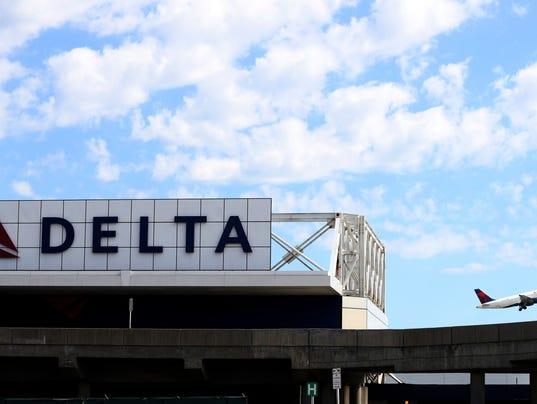 EPA (FILE) USA DELTA AIRLINES NRA EBF TRANSPORT USA NY