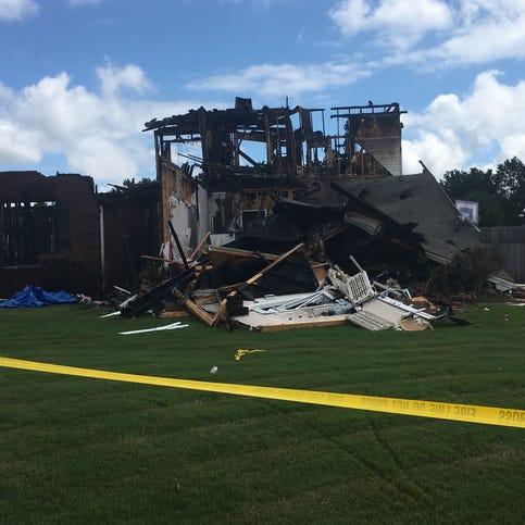 Three dead, 2 hurt, home set ablaze in Elmore murder-suicide