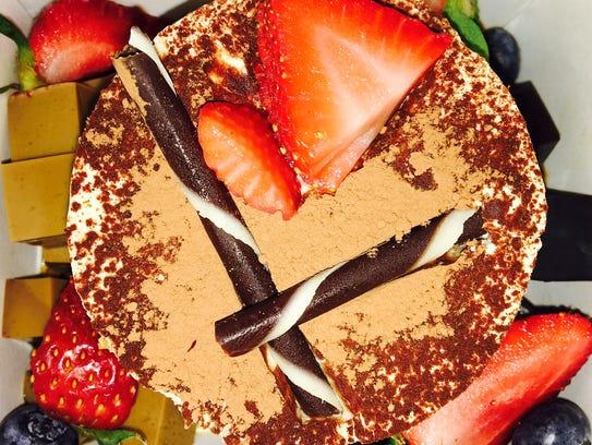 Dessert at Seven