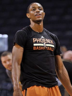 Phoenix Suns guard Brandon Knight (11) warms up before a recent game.