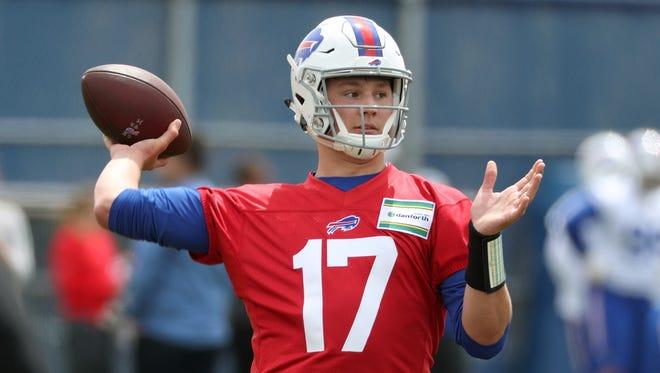 Buffalo Bills top draft pick quarterback Josh Allen takes part in drills during rookie camp.