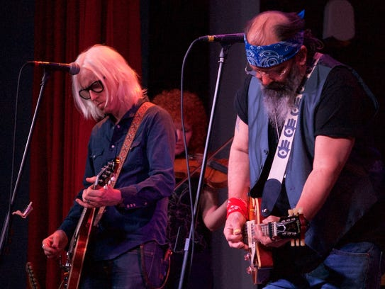 Country rocker Steve Earle and his band, The Dukes,