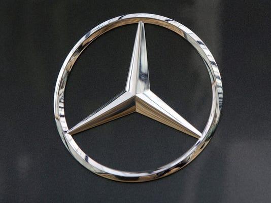 FRANCE-AUTO-MERCEDES-BENZ