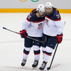 U.S. Women's National Hockey Team receiving major support in USA Hockey dispute