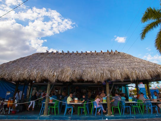 FINS Seafood & Dive Bar offers a unique atmosphere