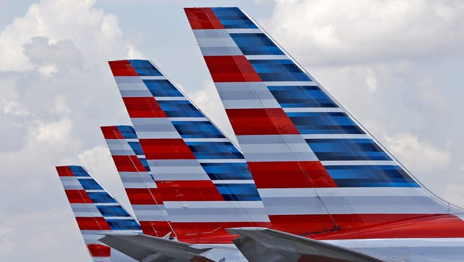 American Airlines airplanes.