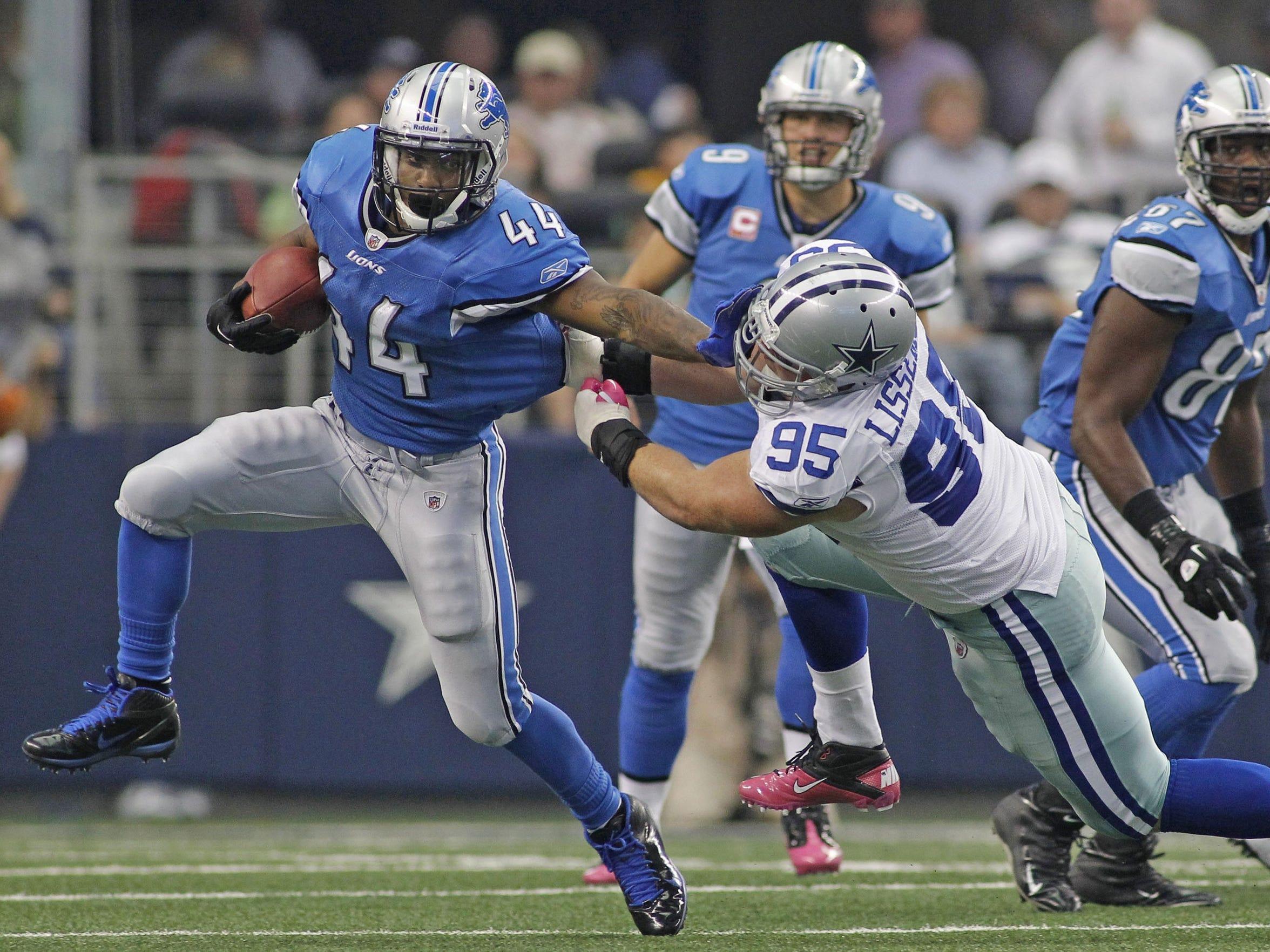 Detroit Lions running back Jahvid Best (44) pushes