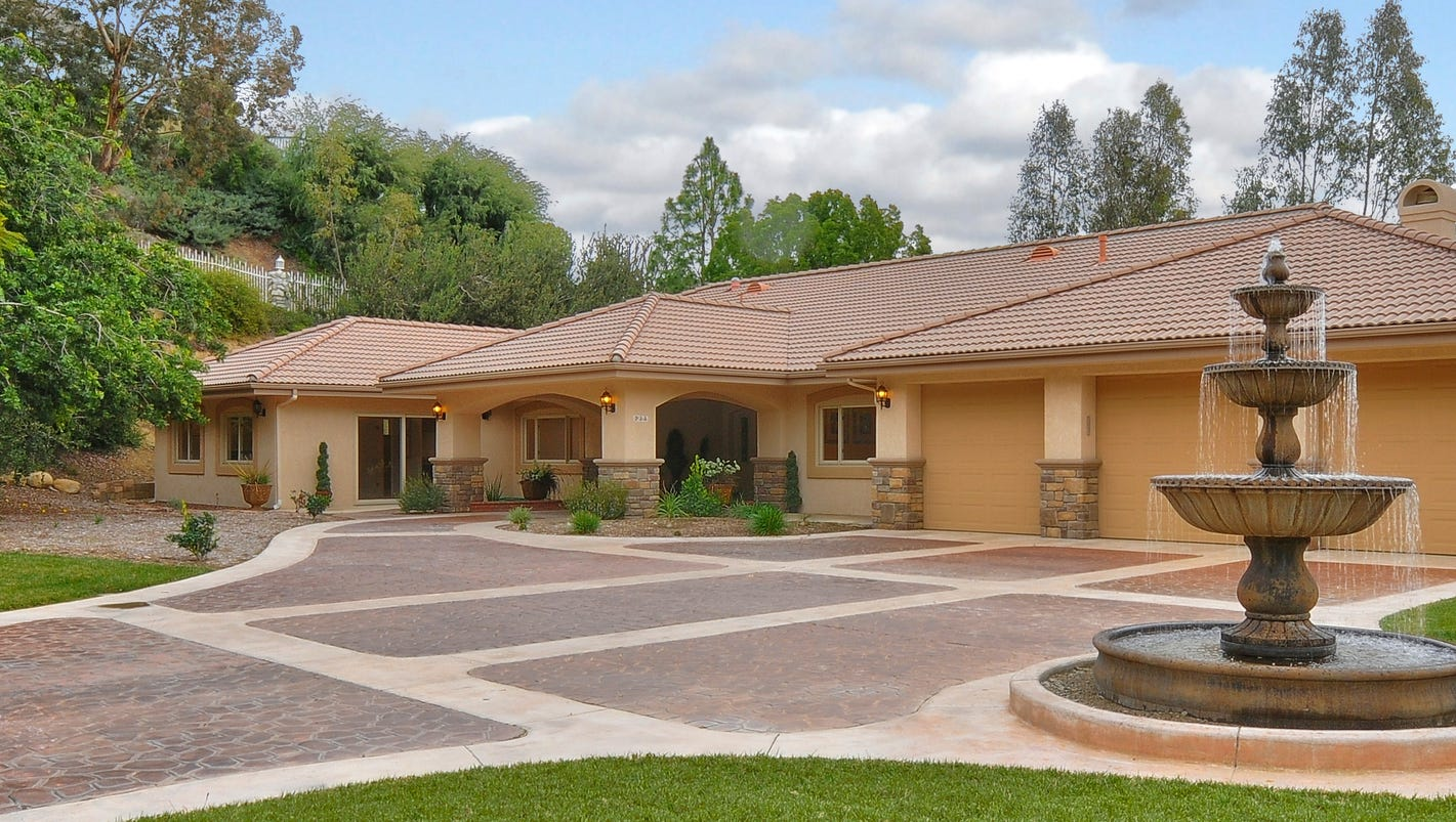 4 000 square foot camarillo estate sits on more than two acres for 4000 sq ft modular homes