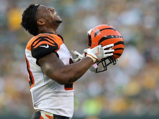 Cincinnati Bengals running back Joe Mixon (28) reacts