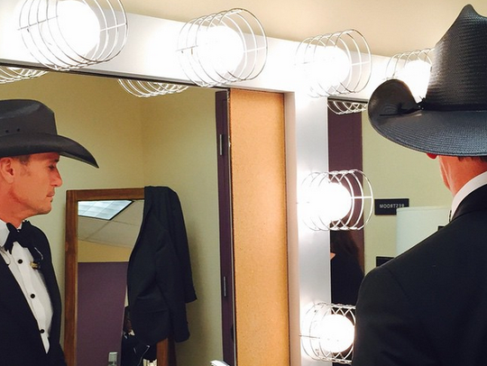 Tim McGraw posted this photo of himself getting ready