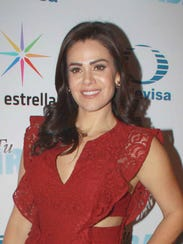 Luz Elena González es Susana.