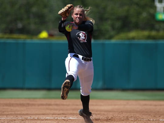 FSU's Meghan King pitches against LSU during the Tigers