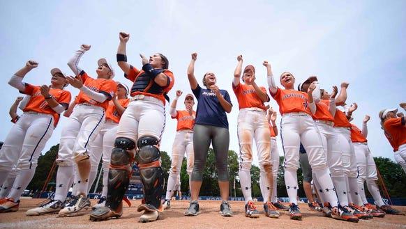 Auburn celebrates their win vs Cal Golden Bears during