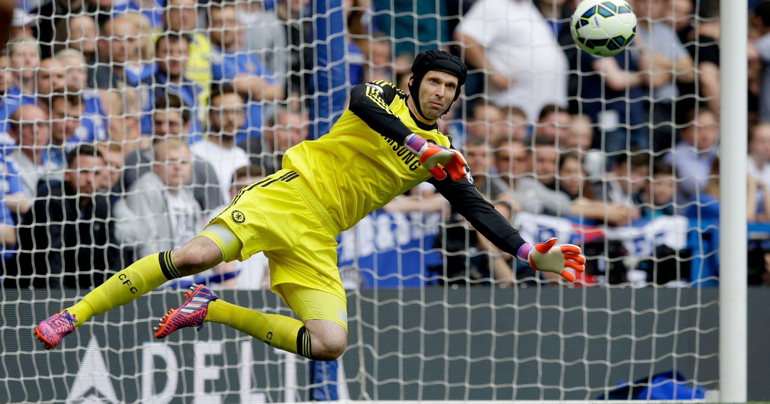 fffa4627d19 Goalkeeper Petr Cech joins Arsenal from Chelsea