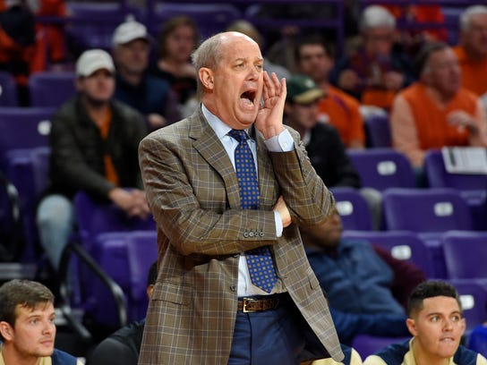 Pittsburgh head coach Kevin Stallings