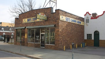 Al Neuharth and Bill Porter started a statewide sports newspaper in space at Sid's Liquor,