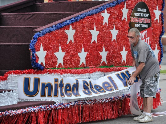 -MNJBrd_09-03-2013_NewsJournal_1_A001~~2013~09~02~IMG_Labor_Day_Parade_01._1.jpg